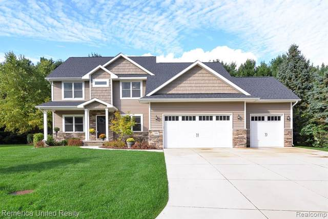 7195 Campbell Mills Ct, Hamburg Twp, MI 48116 (#2200004712) :: The Buckley Jolley Real Estate Team
