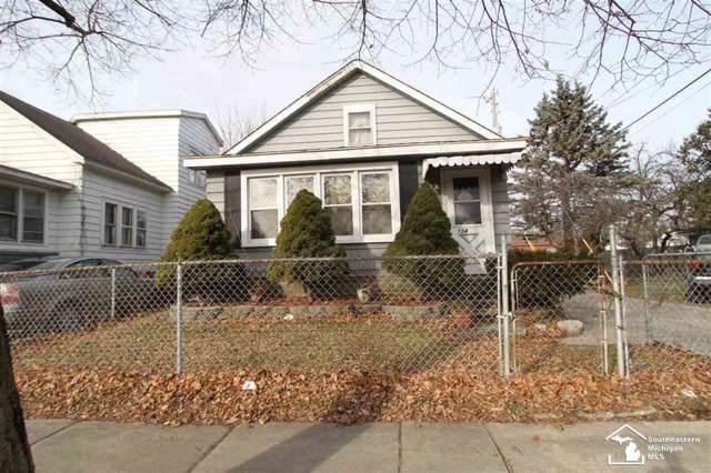 734 Kentucky Ave, Monroe, MI 48161 (#57050003817) :: Springview Realty