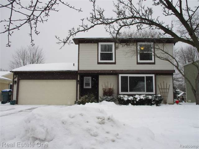 834 Norchester Street, South Lyon, MI 48178 (#2200005074) :: The Buckley Jolley Real Estate Team
