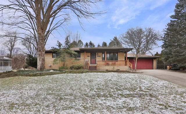 52825 Heatherway Drive, Shelby Twp, MI 48316 (#2200005092) :: The Alex Nugent Team | Real Estate One