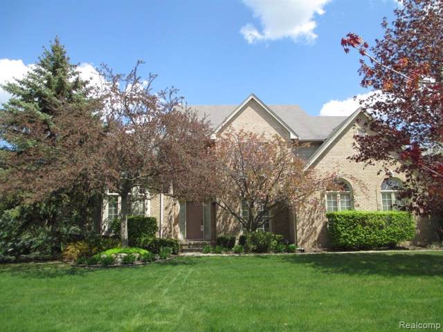 6780 Woodcrest Drive, Troy, MI 48098 (#2200005144) :: Team Sanford