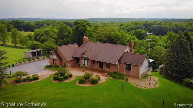 2690 E Brocker Road, Metamora Twp, MI 48455 (#2200005170) :: The Mulvihill Group