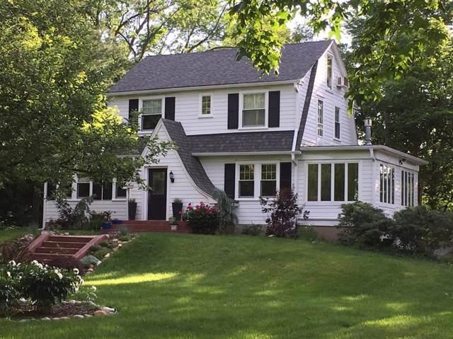 304 Hilldale Drive, Ann Arbor, MI 48105 (#543270353) :: The Alex Nugent Team   Real Estate One