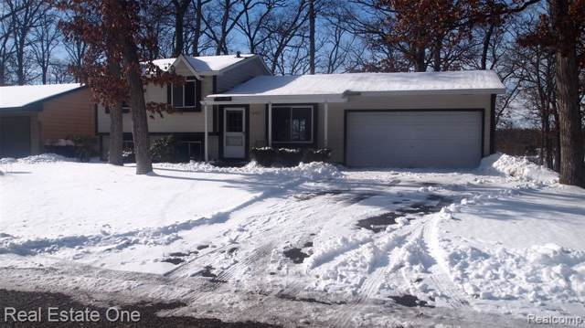 1377 Grove, Highland Twp, MI 48356 (MLS #2200005311) :: The Toth Team