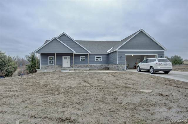 2500 Double Tree Drive, Clayton Twp, MI 48433 (#2200005386) :: The Buckley Jolley Real Estate Team