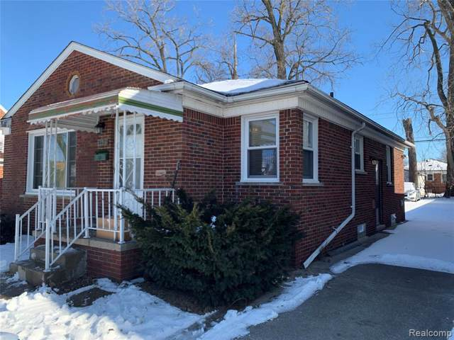8492 Dale Street, Dearborn Heights, MI 48127 (#2200005712) :: The Buckley Jolley Real Estate Team