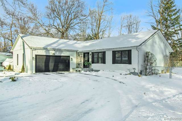 1630 Lombardy Drive, Highland Twp, MI 48356 (MLS #2200005734) :: The Toth Team