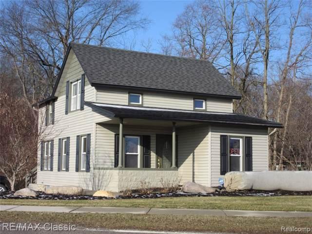 653 Highland Avenue, Milford Vlg, MI 48381 (#2200005964) :: BestMichiganHouses.com