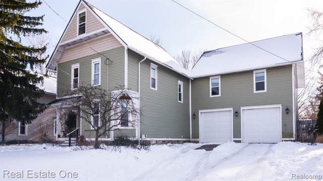 313 W Main Street, Stockbridge Vlg, MI 49285 (#2200006045) :: The Mulvihill Group