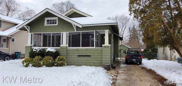 1039 Iroquois Boulevard, Royal Oak, MI 48067 (#2200006056) :: The Buckley Jolley Real Estate Team