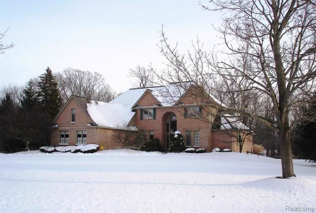 5895 Meadows Drive, Independence Twp, MI 48348 (#2200006287) :: Keller Williams West Bloomfield
