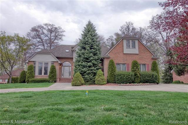 2670 Whitney Pl, Fort Gratiot Twp, MI 48059 (#2200006535) :: The Mulvihill Group