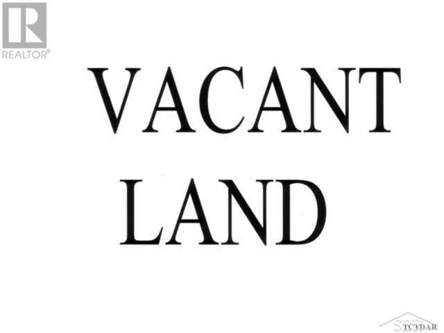 4700 Mackinaw, Saginaw Twp, MI 48603 (#61050004271) :: The Alex Nugent Team | Real Estate One