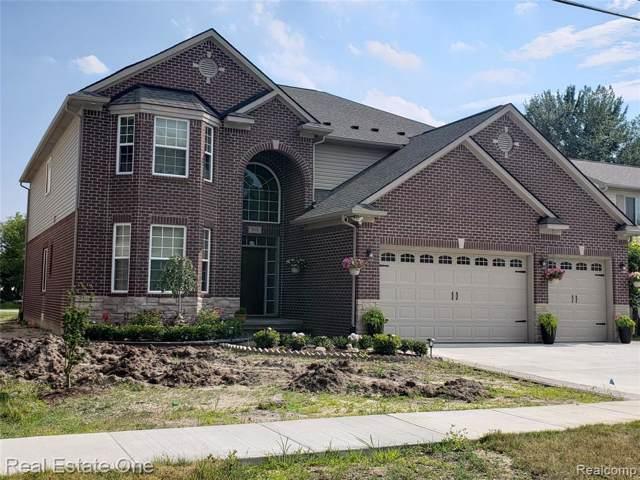 1711 Bur Oak Drive, Troy, MI 48085 (#2200006643) :: Keller Williams West Bloomfield