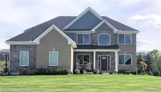5397 Aberdeen Court, Independence Twp, MI 48348 (#2200007113) :: The Mulvihill Group