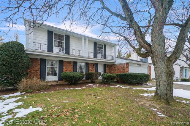 30320 Northgate Drive, Southfield, MI 48076 (#2200007693) :: The Buckley Jolley Real Estate Team