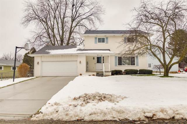 5108 Applewood Drive, Delta Twp, MI 48917 (#630000243870) :: The Mulvihill Group