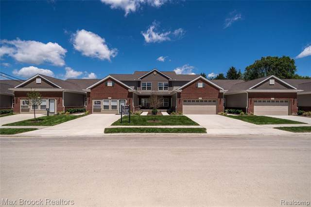 3017 Brentwood, Auburn Hills, MI 48326 (#2200008134) :: The Mulvihill Group