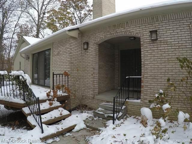 1143 Hillpointe Circle #41, Bloomfield Twp, MI 48304 (#2200009231) :: BestMichiganHouses.com