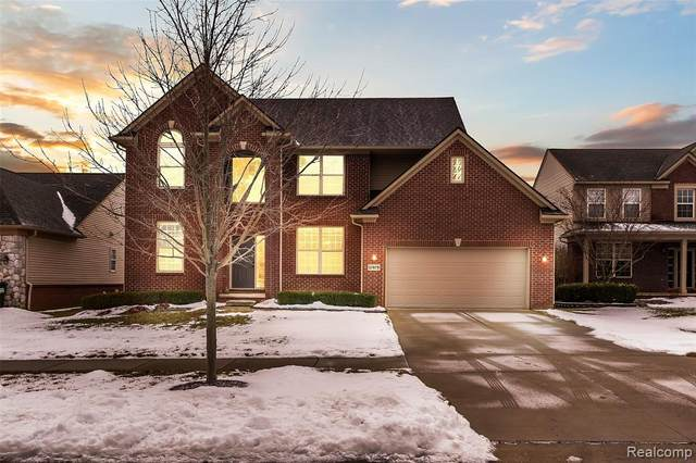 57679 Cider Mill Drive, Lyon Twp, MI 48165 (#2200009418) :: The Mulvihill Group