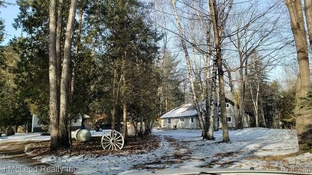 6436 Caine Road, Vassar Twp, MI 48768 (#2200009502) :: The Buckley Jolley Real Estate Team