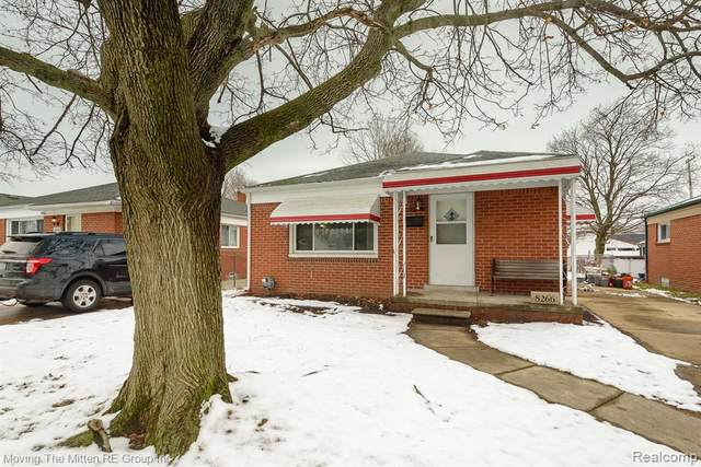 8266 Robindale Avenue, Dearborn Heights, MI 48127 (#2200010194) :: The Buckley Jolley Real Estate Team