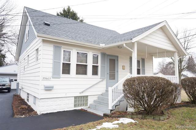35609 John Street, Wayne, MI 48184 (#2200010417) :: GK Real Estate Team
