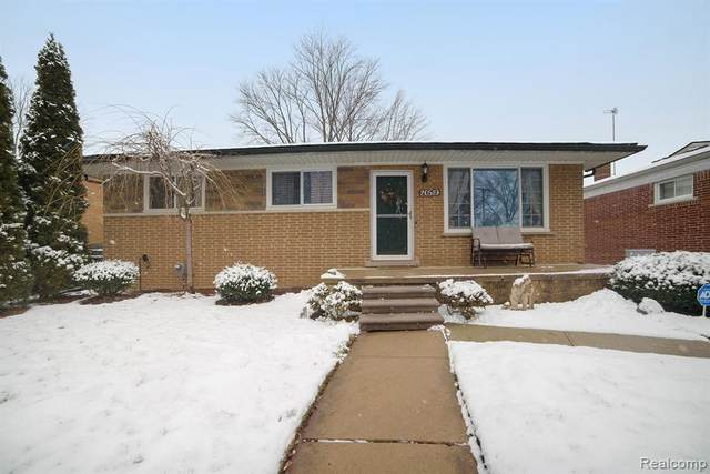 20519 Walton Street, Saint Clair Shores, MI 48081 (#2200010600) :: GK Real Estate Team