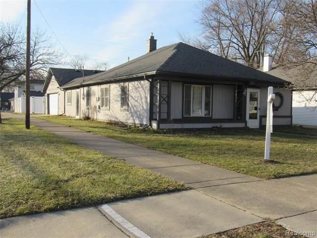 7401 N Vernon Street, Dearborn Heights, MI 48127 (#2200010646) :: The Buckley Jolley Real Estate Team