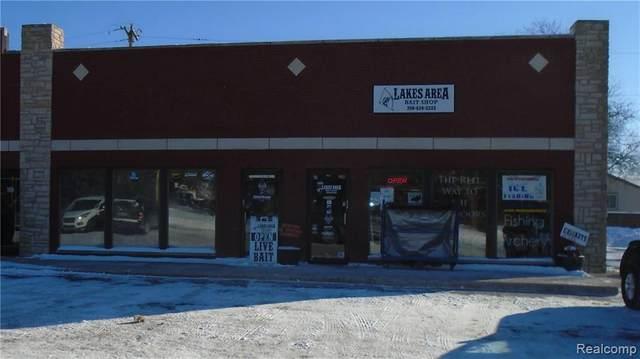 2600 Benstein Road, Wolverine Lake Vlg, MI 48390 (MLS #2200010805) :: The John Wentworth Group