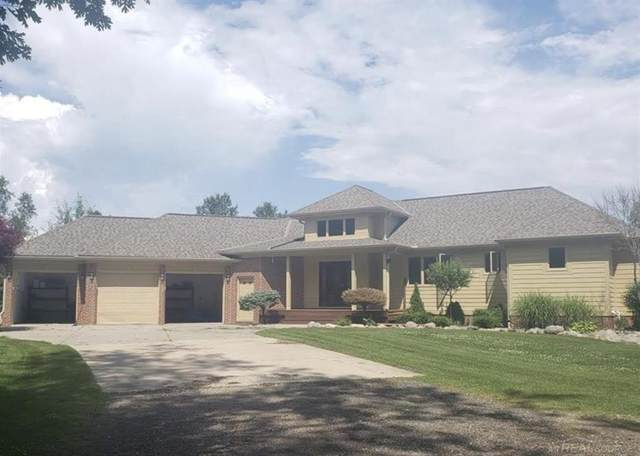 4097 County Line, Casco Twp, MI 48064 (MLS #58050005379) :: The Toth Team