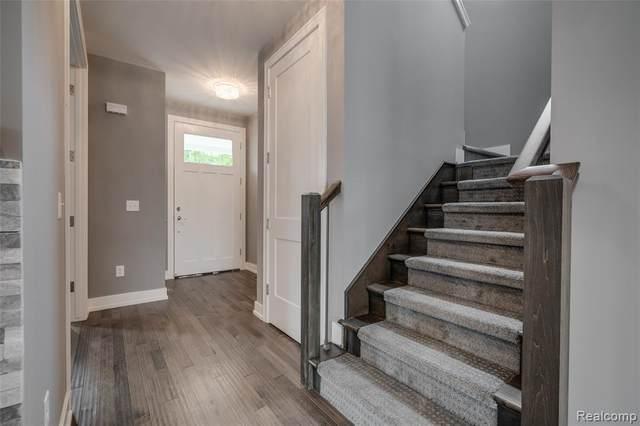 8441 Kenberton, Oak Park, MI 48237 (#2200010882) :: The Buckley Jolley Real Estate Team