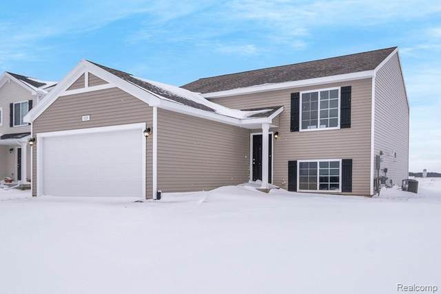 1214 Kennybrook Lane, Marion Twp, MI 48843 (#2200010962) :: The Buckley Jolley Real Estate Team