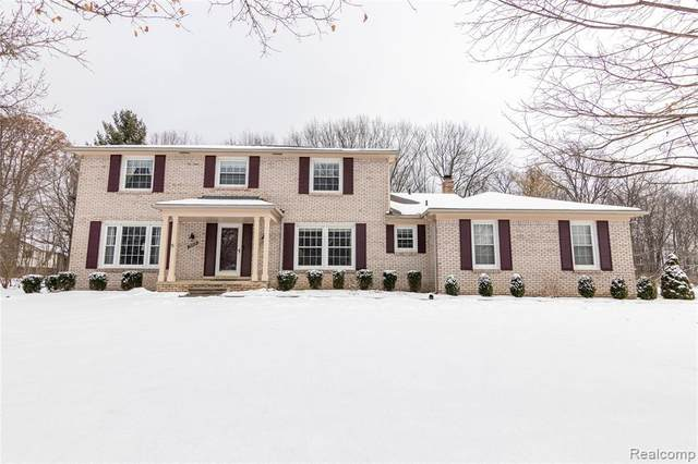 12808 Glenview Drive, Plymouth Twp, MI 48170 (#2200011147) :: The Buckley Jolley Real Estate Team