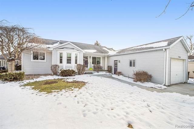 7550 W Pearson, Shelby Twp, MI 48316 (MLS #2200011305) :: The Toth Team