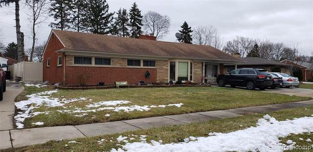 25477 Rouge River Drive N, Dearborn Heights, MI 48127 (#2200011354) :: The Buckley Jolley Real Estate Team
