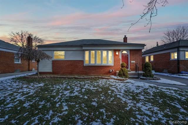 26300 Cubberness Street, Saint Clair Shores, MI 48081 (#2200011546) :: GK Real Estate Team
