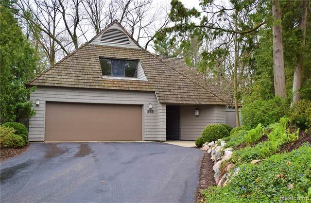 965 Bloomfield Woods, Bloomfield Hills, MI 48304 (#2200011864) :: RE/MAX Nexus