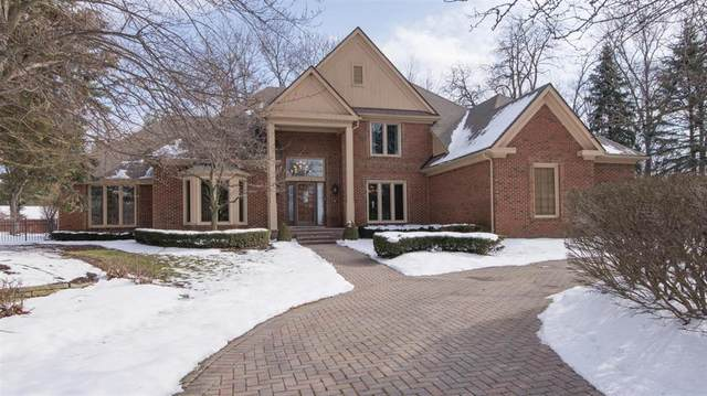 13532 Canterbury Court, Plymouth Charter Township, MI 48170 (#543271176) :: The Buckley Jolley Real Estate Team