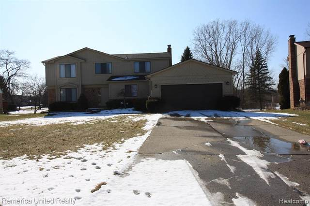 30329 Southampton Lane, Farmington Hills, MI 48331 (#2200012080) :: The Buckley Jolley Real Estate Team