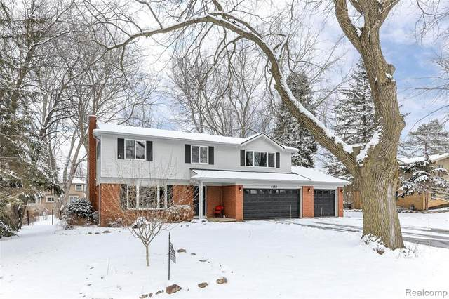 4350 Eastgate Drive, Webster Twp, MI 48103 (#2200012129) :: The Buckley Jolley Real Estate Team