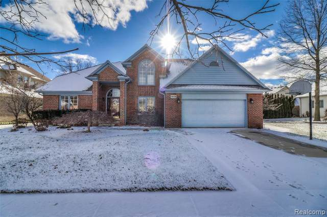 15036 Kelly Court, Shelby Twp, MI 48315 (MLS #2200012284) :: The Toth Team