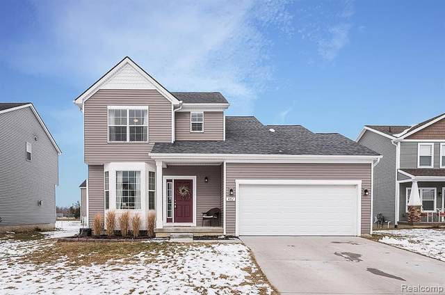 451 Hickory Bluff Lane N, Chelsea, MI 48118 (#2200012286) :: The Buckley Jolley Real Estate Team