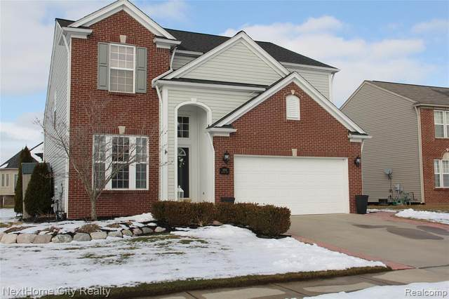 18941 England Drive, Macomb Twp, MI 48042 (#2200012481) :: The Buckley Jolley Real Estate Team