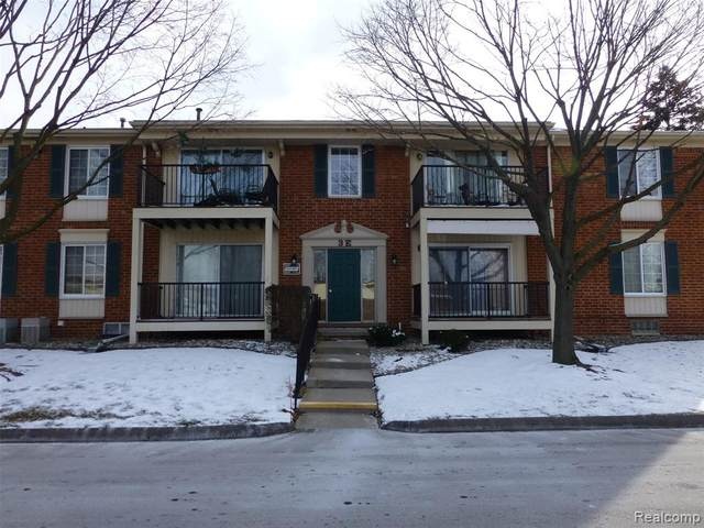 12017 Ina Drive, Sterling Heights, MI 48312 (#2200012525) :: The Buckley Jolley Real Estate Team