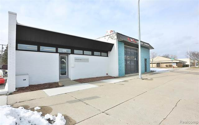 518 Main St, Clawson, MI 48017 (#2200012545) :: Alan Brown Group