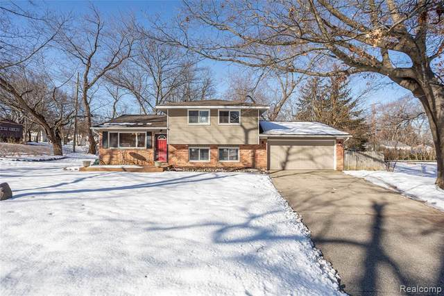 4170 Crestdale Avenue, West Bloomfield Twp, MI 48323 (#2200012732) :: RE/MAX Nexus