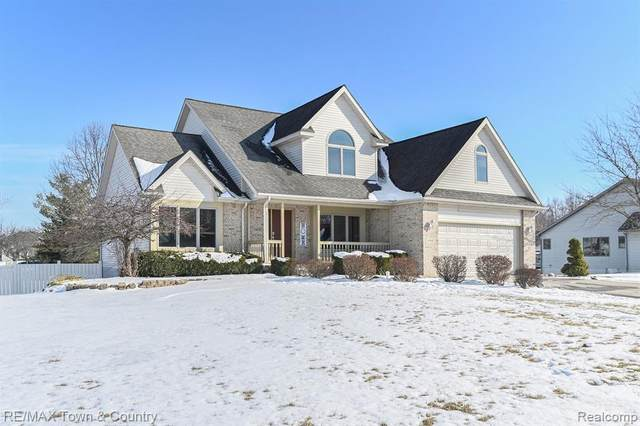 6545 Stonebrook Lane, Flint Twp, MI 48433 (#2200012760) :: The Merrie Johnson Team