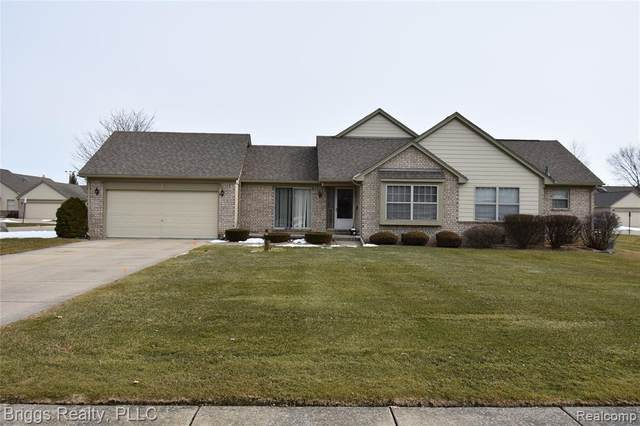 37750 Chase Run Dr, Sterling Heights, MI 48310 (#2200012843) :: BestMichiganHouses.com