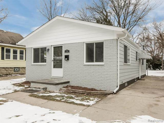 94 School Avenue, Clawson, MI 48017 (#2200012849) :: Alan Brown Group